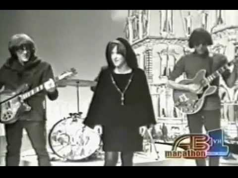 Jefferson Airplane - Somebody To Love, American Bandstand, 1967 - YouTube