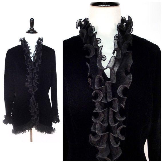 Veste en velours noire vintage avec volants & par imaginarygirl
