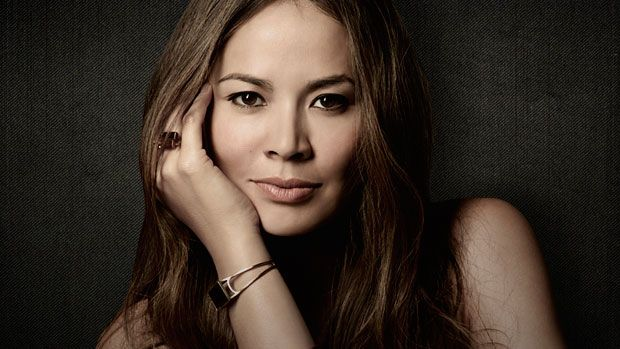 Moon Bloodgood -  Falling Skies - TNT - Sunday - Premieres Jun 9th