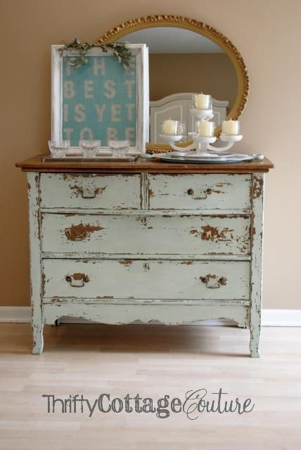 Painted with a blend of Miss Mustard Seed Milk Paint in Luckett's Green & Linen - Thrifty Cottage Couture