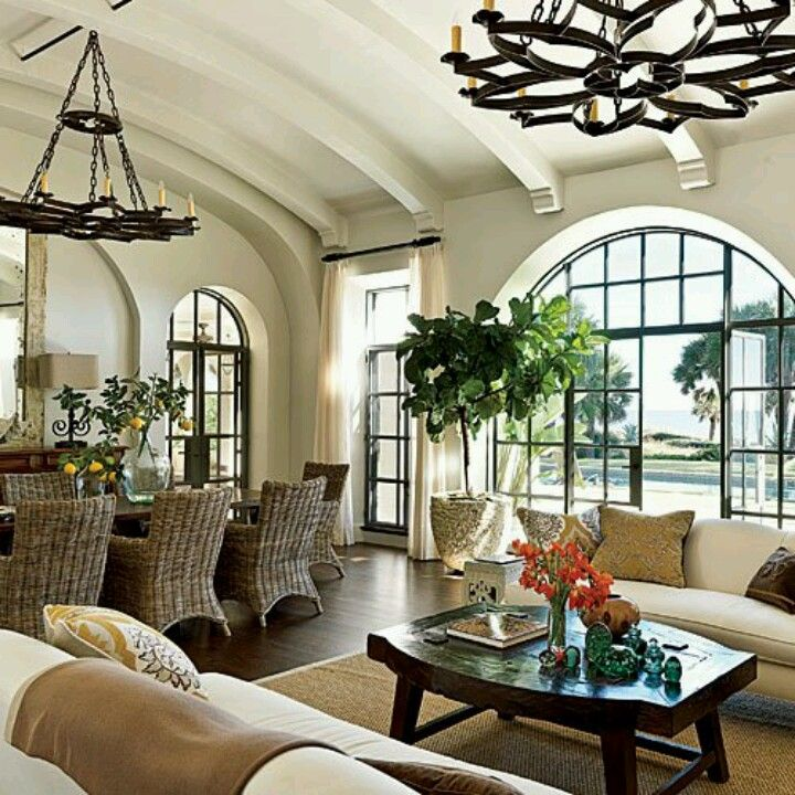 Beautiful dining, and sitting room / space. Really love the windows and ceiling!