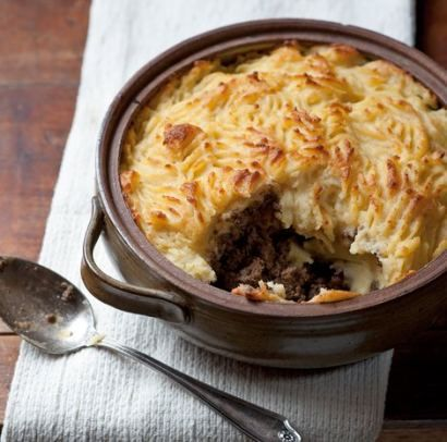 cottage pie with cheesy mustard mash topping -- COTTAGE pie - because it's NOT made with lamb ...
