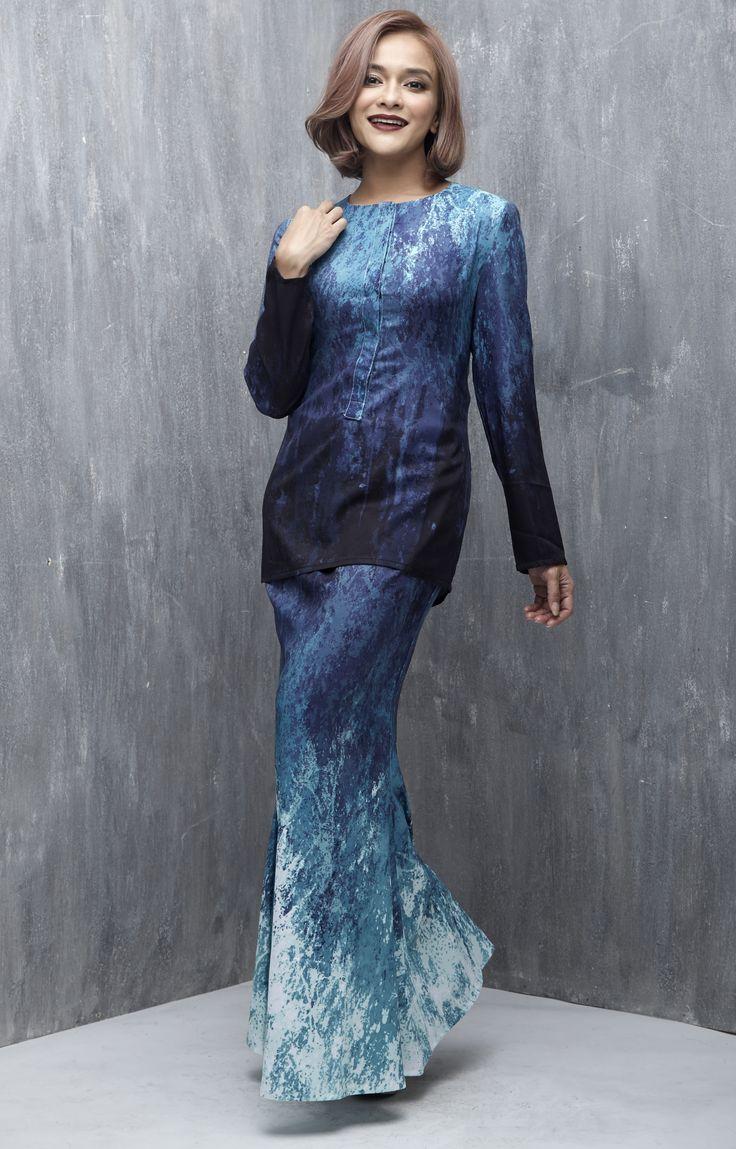 Baju Kurung : EMEL X SAZZY FALAK – BLUE SEA STAR – Exclusive Print Modern Baju Kurung (Print) …