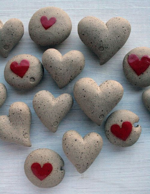 wedding favor - ceramic heart pebbles - mothers day gift - beach decor - gifts for moms. £5.00, via Etsy.  How cute!!!!!