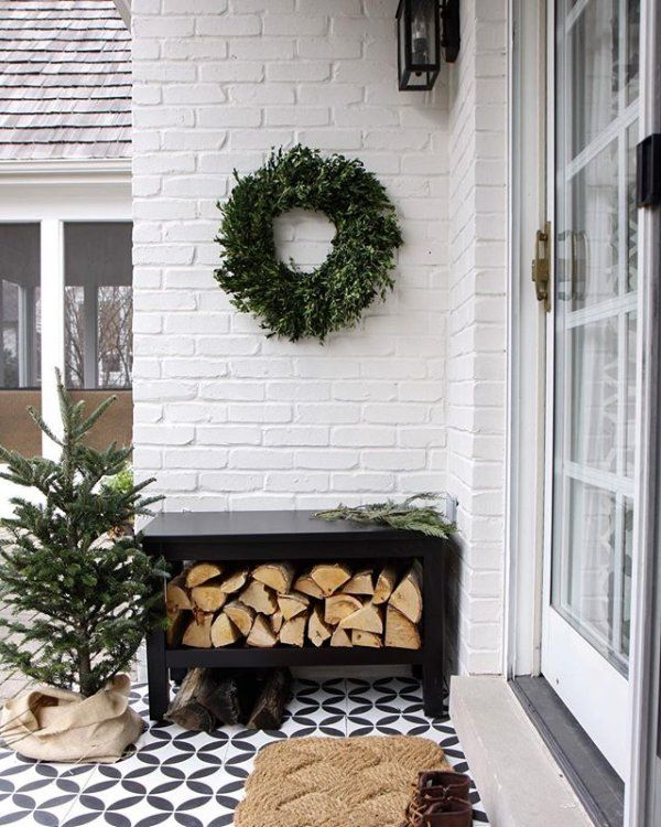 Just finished putting together this festive little outdoor nook 🌲 @cementtileshop #sharethecheer