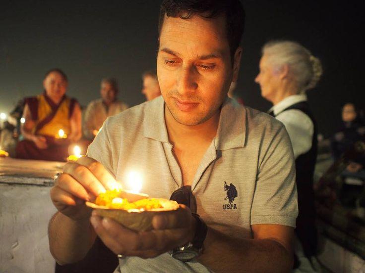 "Ekno Travels on Twitter: ""India, one moment chaos, next peace. Vikas Kumar in Varanasi #knowingyouknowingIndia #varanasi #eknotravels #india https://t.co/2Y7W36TwB9"""