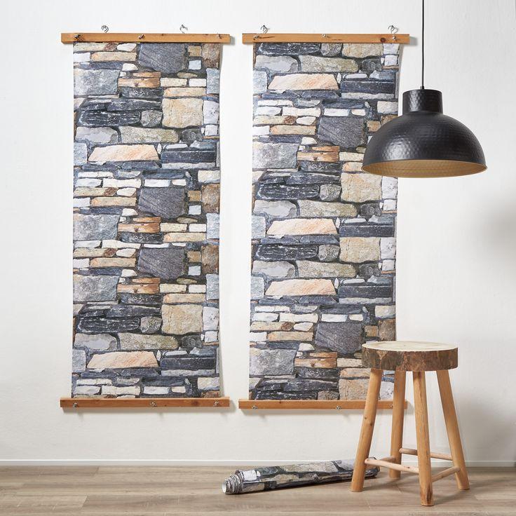 Heb je er wel eens aan gedacht om behang op te hangen aan een wandpaneel? Zo fungeert het als muurdecoratie! #behang #muur #woonkamer #kwantum