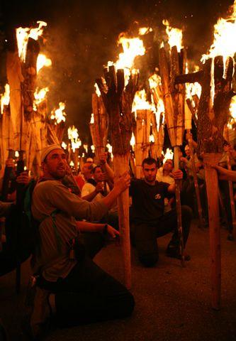 Falles als  Pirineus  declarades  Patrimoni Immaterial de la Humanitat  #UNESCO #falles #foc #festes http://cultura.gencat.cat/ca/departament/estructura_i_adreces/organismes/dgcpt/02_patrimoni_etnologic/03_proteccio/01_declaracions_unesco/#FW_bloc_8f6142a9-4383-11e4-9570-000c29cdf219_1