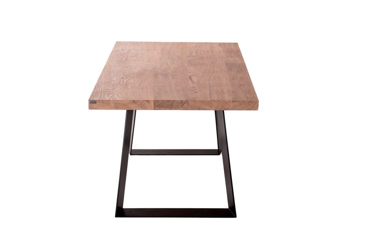 Wooden dinning table was made of solid oak timber and it width is 5,5 cm #dinningtable #table #woodentable #solidwood #woodentabletop #dinningroom