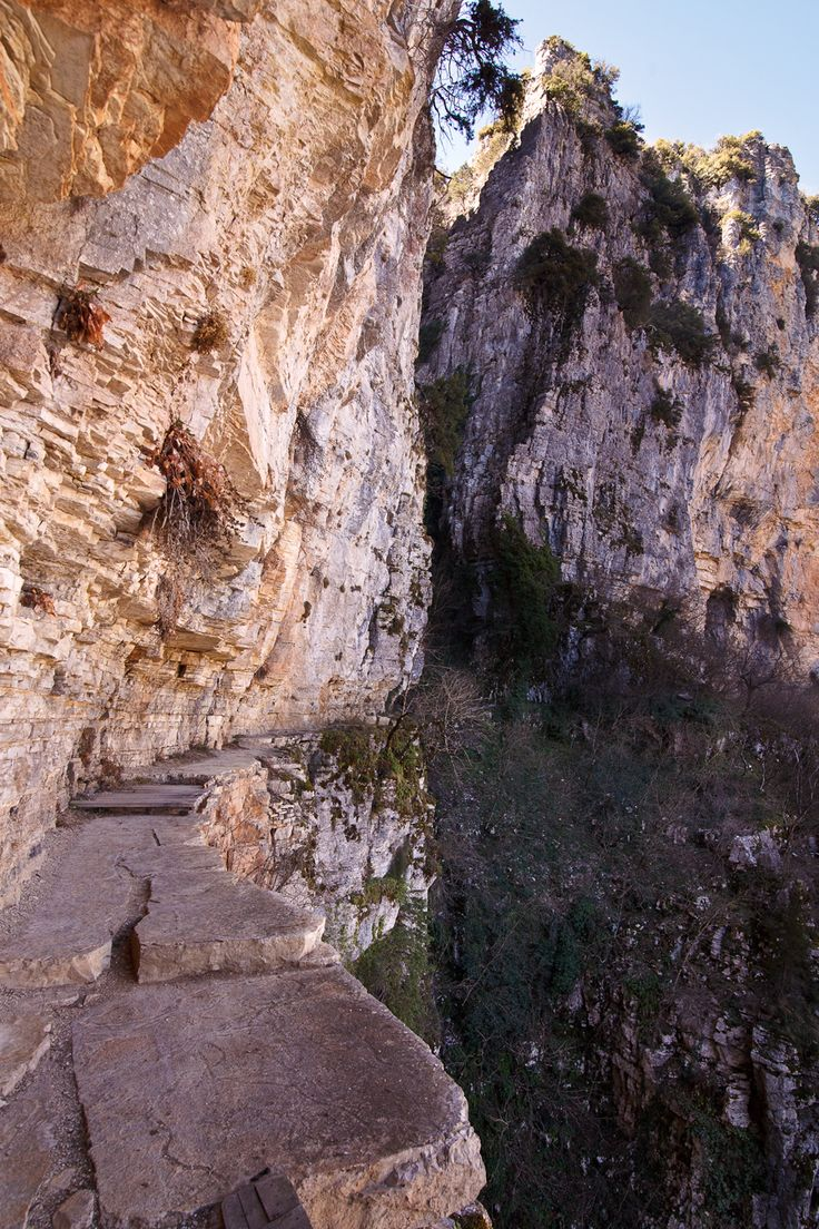 This monastery is located about 800 meters from the central square of Monodendri, built in one of the most impressive landscapes of the region to the brinkof the ravine of Vikos. The church of the monastery was built in the 15th century by the prince Michael the voivode Theriano, while the paintings were in the …