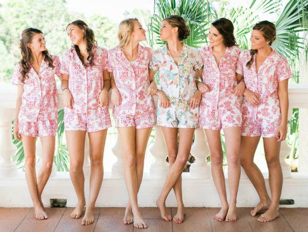 Best 25+ Fun bridesmaid gifts ideas on Pinterest | Bridesmaid ...