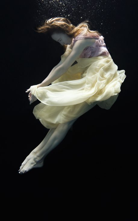 Underwater ballet. Photo by Nadia Moro.