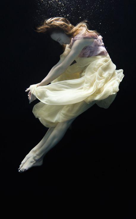 Underwater ballet. Photo by Nadia Moro.