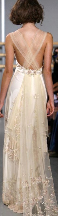 Claire Pettibone Cloisonne 2013 I am in love! I want this dress even if I never marry