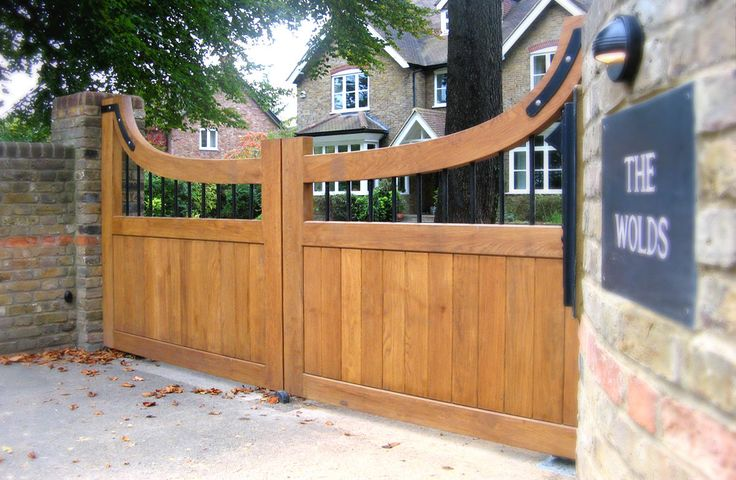Automatic Wooden Electric Gates