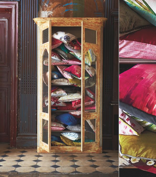 Bright.Bazaar: Impasto: Painterly Stokes & Flamboyant Florals: Cabinets, Pillows Display, Hq2 Bright Bazaars Png 595 677, Cushions, Flamboy Floral, Fabrics, Pillows Talk, Gild Cupboards, Cupboards Overflow