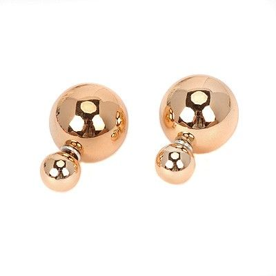 pearl decorated round gold Stud Earrings