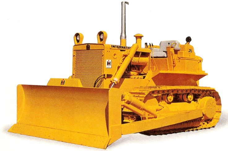 First of the new breed of TD-20, the TD-20B. Comparison with earlier TD-20s reveals many changes and an even more modern styling. This factory photo taken in 1963 shows the high operator position which gave excellent visibility. The bulldozer blade is now one of International's own, IH having bought out Bucyrus-Eries construction division a few years earlier