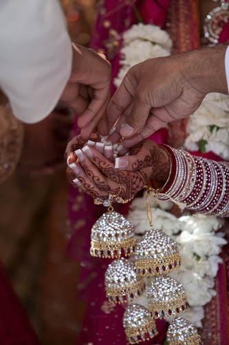 Indian bride wearing kalira