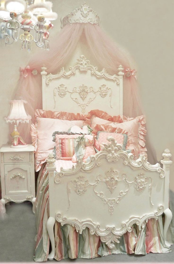 Florentina Princess Bed by Villa Bella omg...this is so gorgeous!!!!