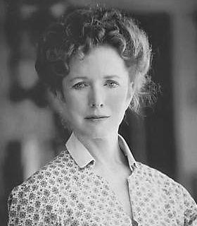 "Barbara Babcock played ""Barbara Corvin"" in the 2000 movie ..."