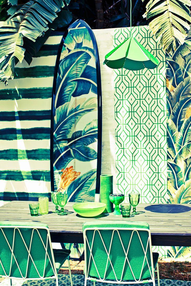 Dalani, Surf, I Colori di un Bungalow sulla Spiaggia Pastello Bianco e Dettagli Boho Colorati
