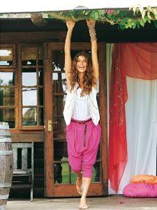 burda style: Damen - Hosen - Sarouelhosen - Sarouelhose - weit & gesteppte Falten