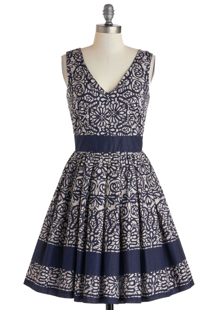 ModCloth : Calligraphy of the Styled Dress $127.99