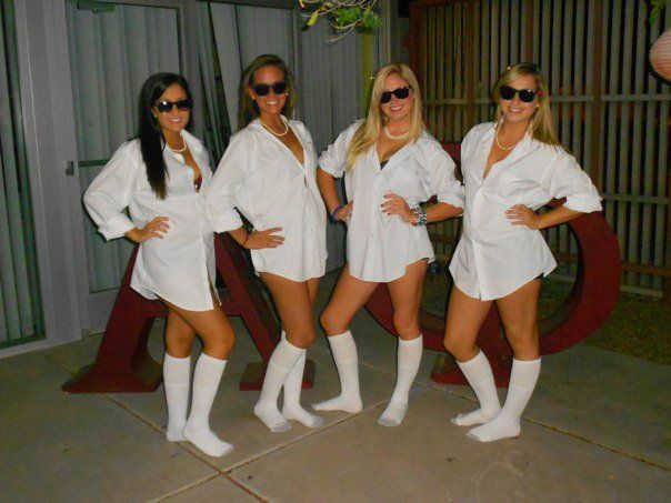 Cute and easy Halloween costume ideas for college girls are featured, featuring a Holly Golightly costume, a DIY witch costume, a Risky Business costume, Black Swan, and more. Description from pinterest.com. I searched for this on bing.com/images