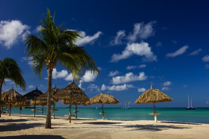 Stunning Photos That Show Why Aruba's Nickname Is One Happy Island