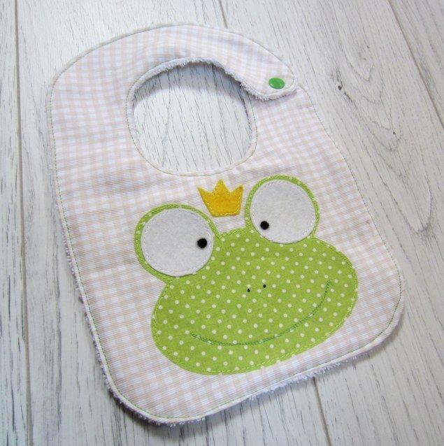 Frog baby bib #handmade