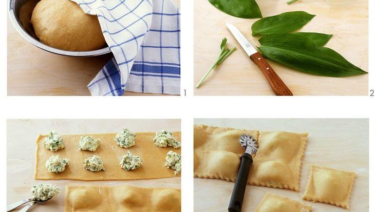 Lecker würzig: Gefüllte Nudeln mit Bärlauch in zitroniger Butter | http://eatsmarter.de/rezepte/gefuellte-nudeln-mit-baerlauch-in-zitroniger-butter