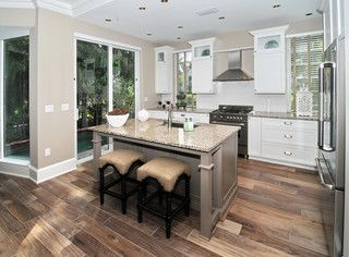 Har Wearing Easy Clean Wood Look Porcelain Tile In Kitchen Makes A Clever Alternative To