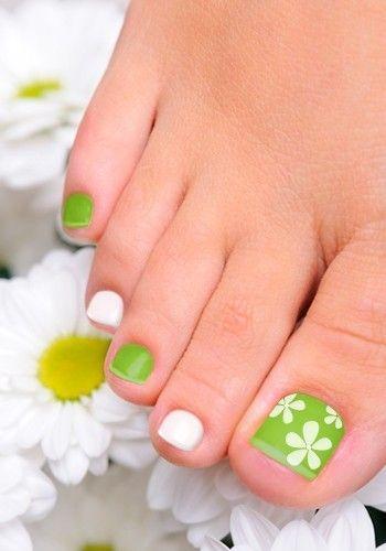 Best 25+ Toe Nail Art Ideas On Pinterest
