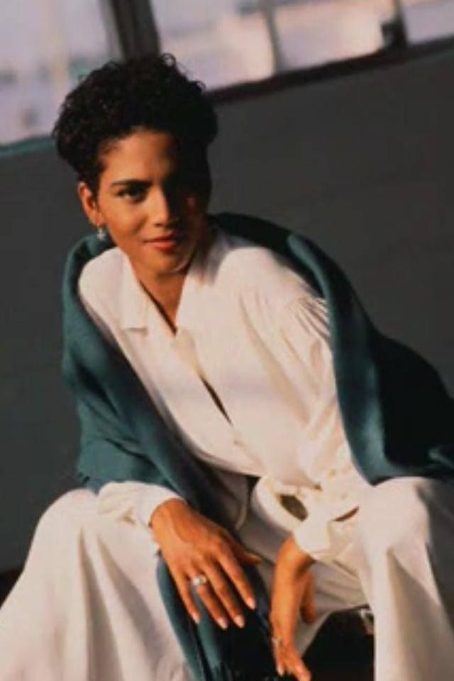 Halle Berry young and fresh