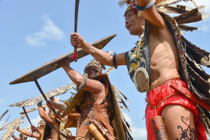 Isen Mulang Festival - central Kalimantanan