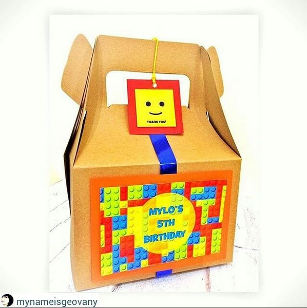 Mylo loves Lego. So he decided to make a Lego themed Gable box for his birthday preset!