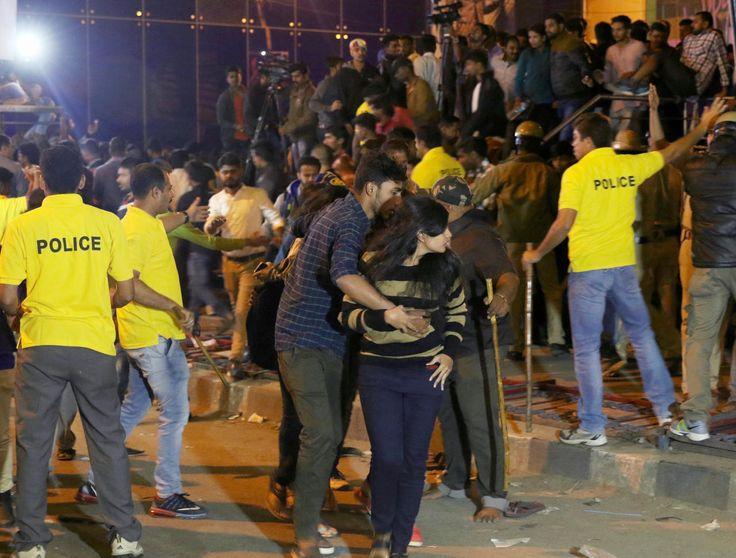 Après plusieurs agressions perpétrées le soir du nouvel an à Bangalore, des hommes politiques ont laissé entendre que les victimes l'avaient bien cherché. La ministre des droits des femmes refuse de réagir.