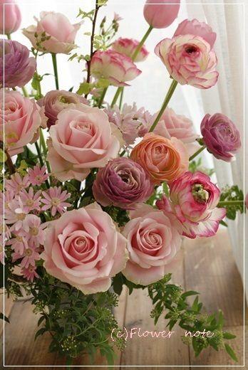【今日の贈花】音楽大学の卒業をお祝いして|Flower note の 花日記 (横浜・上大岡 アレンジメント教室)