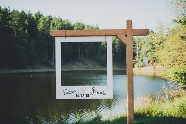 I WILL HAVE THIS!!!!!! A laid-back summer bbq wedding on a farm by Carina Skrobecki - Wedding Party