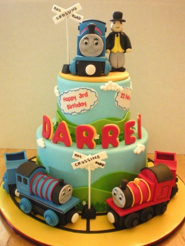 Best Thomas Cake Images On Pinterest Birthday Party Ideas - Thomas birthday cake images