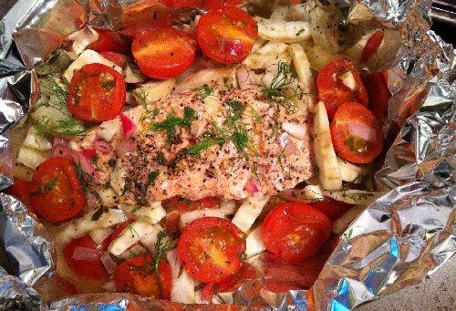 salmon al horno en papel aluminio