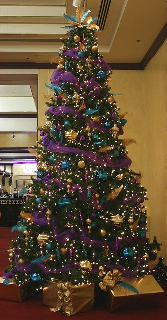 Purple & Gold16ft Decorated ChristmasTree, via Flickr.