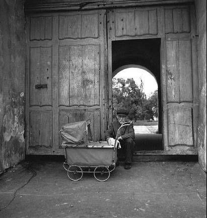 Роберт Капа · Lomography