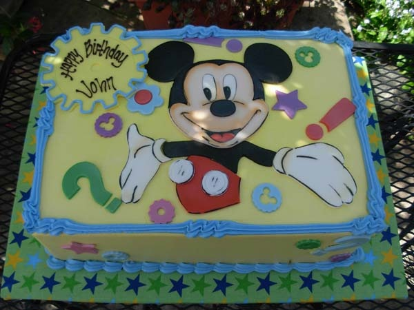 mickey mouse sheet cake 17 best images about mickey cakes on mickey 5887