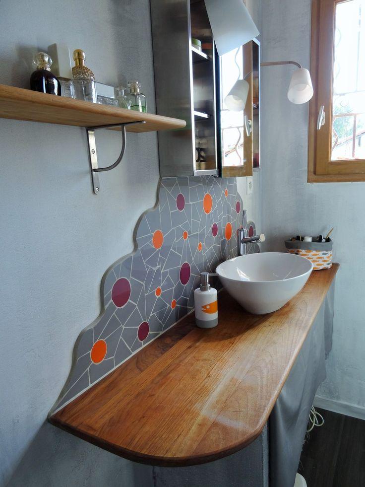 """Crédence de salle de bain en mosaïque - motif """"bulles"""" - Finitions arrondies"""