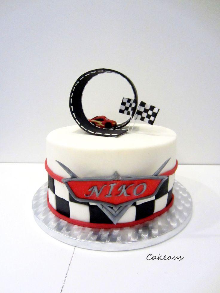 Salamatäytekakku, Autot-kakku, Lightning mcqueen cake