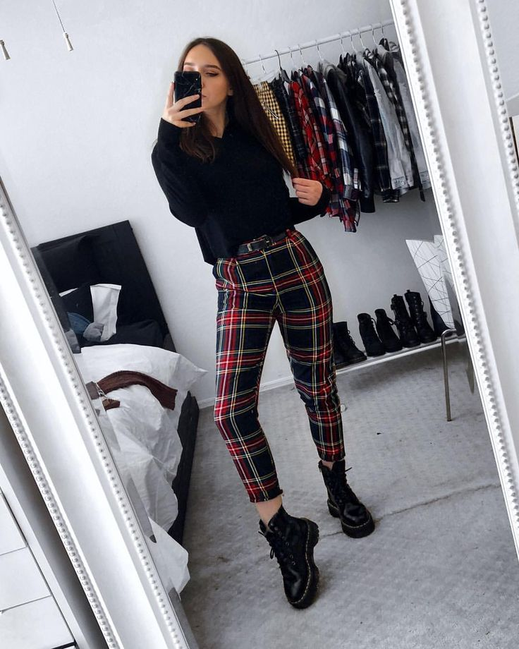 """Sar 🖤 on Instagram: """"Wearing plaid pants and dr.martens until the day I die 🤟 • • • • #grunge #tumblrgirl #aesthetictumblr #grungestyl…"""