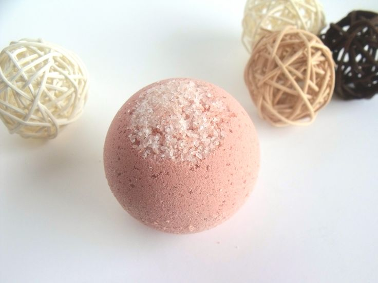 Pink Delicate – Natural BATH BOMB – Geranium Lemongrass Essential Oils