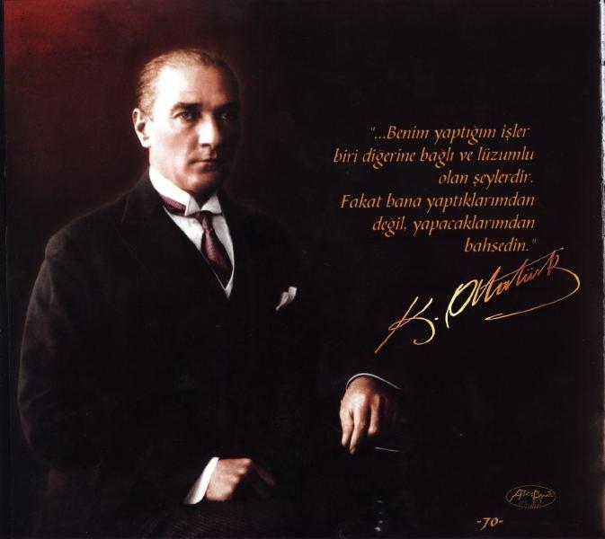 Atatürk Posterler Bayrakları